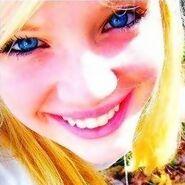 Zoe Kimball 8