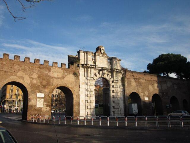 File:Rome-city-wall-rome-italy+1152 12986938683-tpfil02aw-5007.jpg