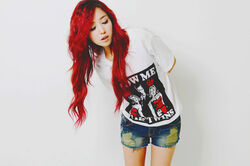 Beautiful-red-colors-Long-Hair-style-Trends-2012-2013-5