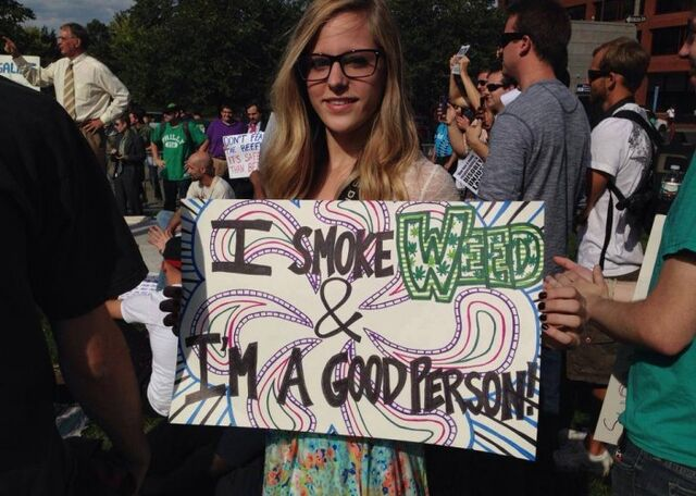 File:I smoke weed and I'm a good person.jpg
