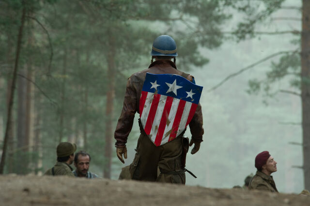 File:Captain-America-The-First-Avenger-Gallery-Movie-Photos-Poster-Pictures-Images-18.jpg