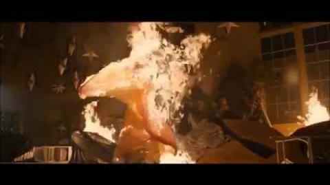 Carrie 2013 - Tina's Death (Extra Deleted Scene)