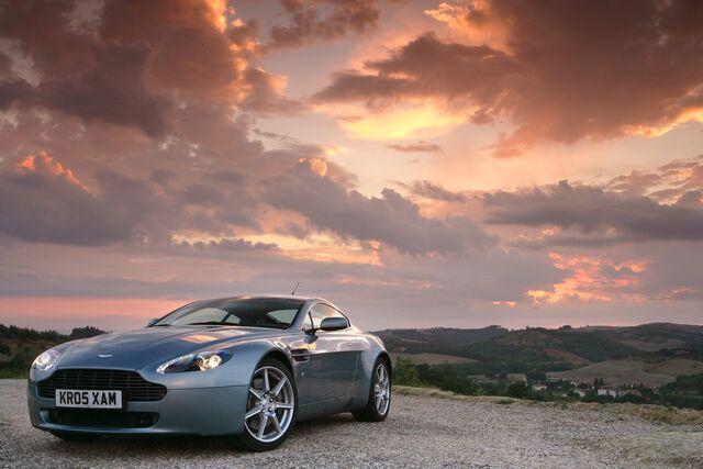 File:Aston Martin V8 Vantage 2009 82394 20080602-1-.jpg
