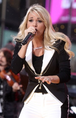 File:267px-Carrie Underwood Performs Good Morning America Bjqp-i4Rzpol.jpg