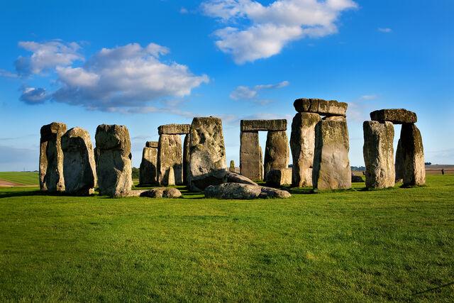 File:Stonehenge-Pictures.jpg