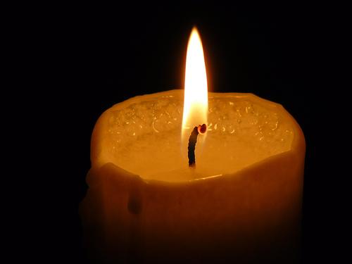 File:Candle / kerze II.jpg