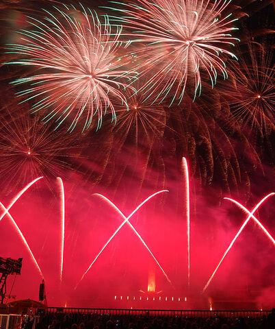 File:Fireworks-celebration.jpg