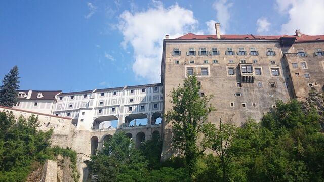 File:Český Krumlov Schloss.jpg