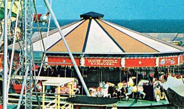 File:1950s playland wildwood nj carousel postcard 01.jpg