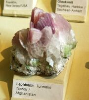 Naturkundemuseum Berlin - Lepidolith, Taprok, Afghanistan