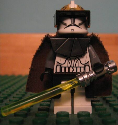 File:Clone Gunner Comanda Jedi (front) (Small).jpg
