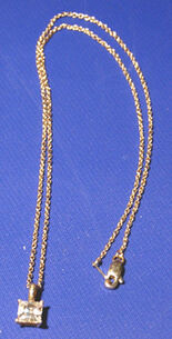 Pipers necklace 2