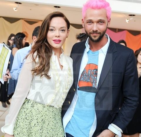 File:Fashionshow1.jpg