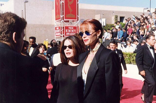 File:800px-Lauren Holly at the 1991 Emmy Awards.jpg