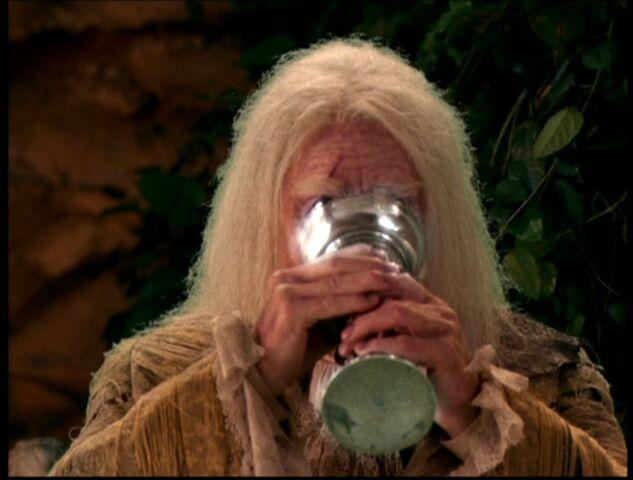 File:BlackJackCutting Drinking Water FOY.jpg