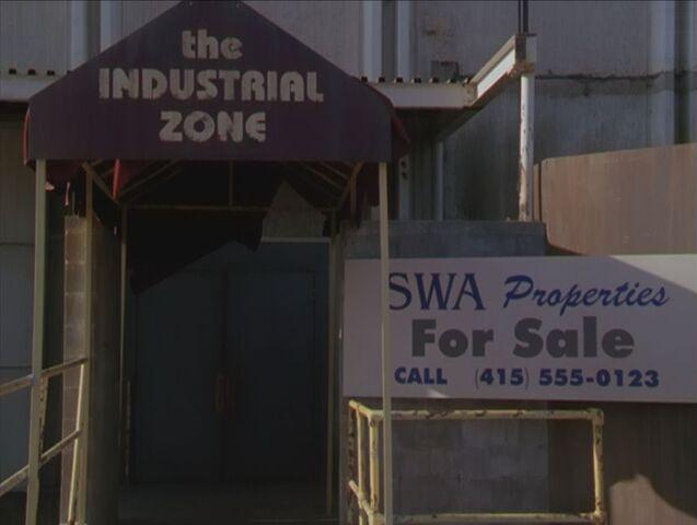 Ficheiro:2x01-industrial-zone.jpg