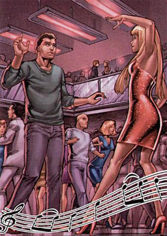 File:Lucious dancing people.jpg