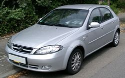 250px-Daewoo Lacetti front 20080709