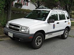 File:250px-Chevrolet-Tracker-4door.jpg