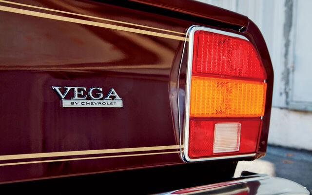 File:Http---image.motortrend.com-f-classic-roadtests-1301 1976 chevrolet cosworth vega vs mercury capri ii-49073607-1976-Chevrolet-Cosworth-Vega-taillight.jpg