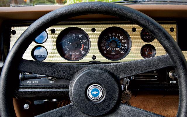 File:Http---image.motortrend.com-f-classic-roadtests-1301 1976 chevrolet cosworth vega vs mercury capri ii-49073571-1976-Chevrolet-Cosworth-Vega-instrument-cluster.jpg
