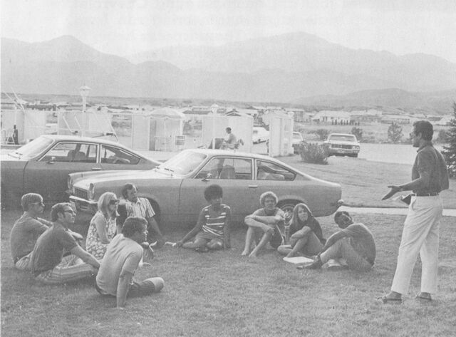 File:College Student Cheverolet Engineering Trip, 1970 (5).jpg