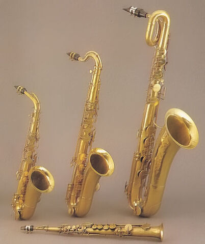 File:FirstSaxes.jpg