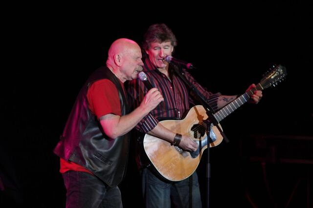File:Terry Talbot and Barry McGuire-3.jpg