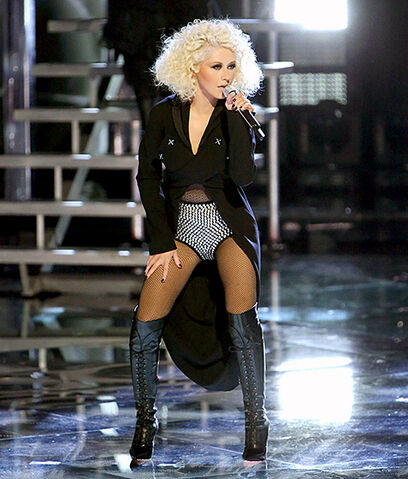 File:1418838006 christina-aguilera-the-voice-560.jpg