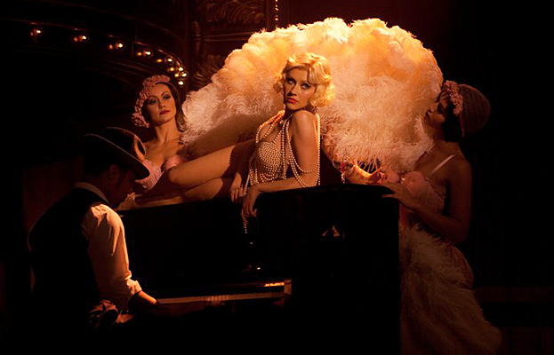 File:092210-burlesque-623.jpg