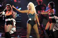 1959459-christina-aguilera-the-voice-617-409