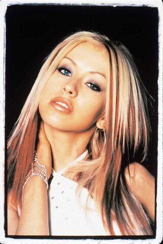 File:Aguilera1999 02.jpg