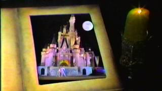 File:ChristmasAtWaltDisneyWorld 1978.jpg