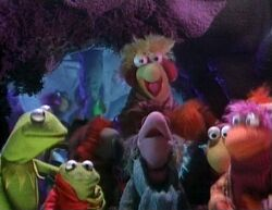 Kermit and Robin meet the Fraggles