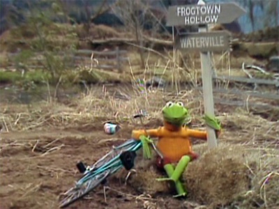 File:Kermit at the beginning of Emmet Otter's Jug-Band Christmas.jpg