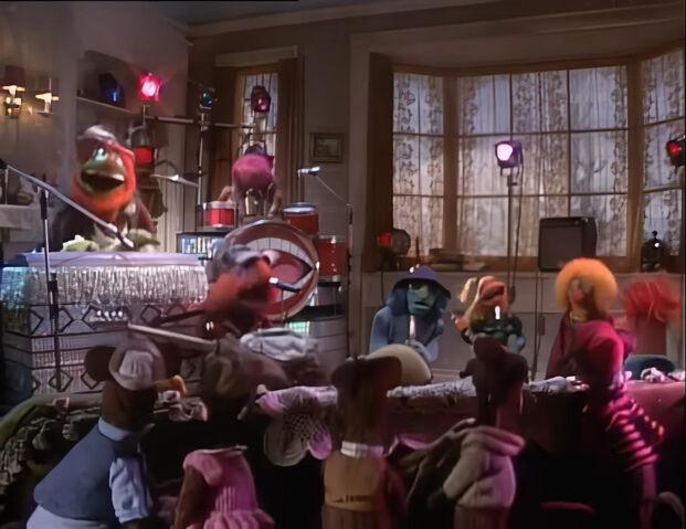File:JingleBellRock in MuppetFamilyChristmas.jpg
