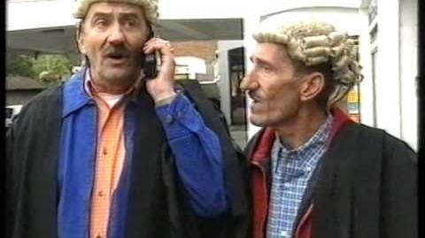 ChuckleVision 11x05 Brothers In Law