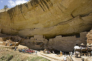 Long House cliff dwellings at Mesa Verde, 2006May23.jpg