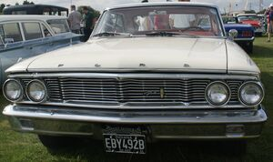 Ford Galaxie front 2