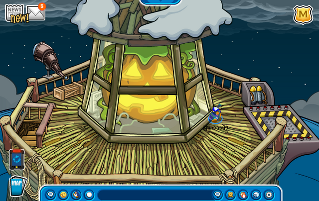 File:Lighthouse Beacon (Halloween Party 2012).png