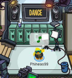 File:Penguin High Dance.png
