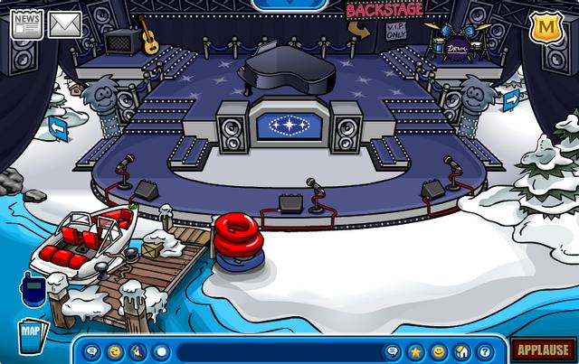 File:Music Jam 2008 Dock 2.png