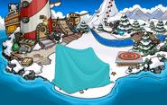 Club Penguin Island Party Beach