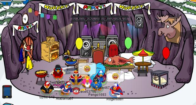 File:Festive igloo.png