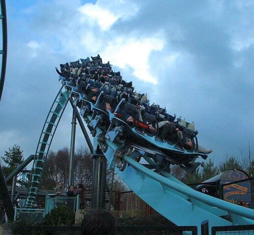 File:Air Alton Towers Fly To Lie.jpg