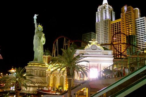 File:Roller Coaster @New York, New York Hotel & Casino1.jpg