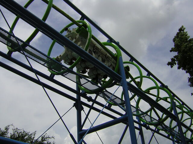 File:Ultra Twister - Six Flags AstroWorld.jpg