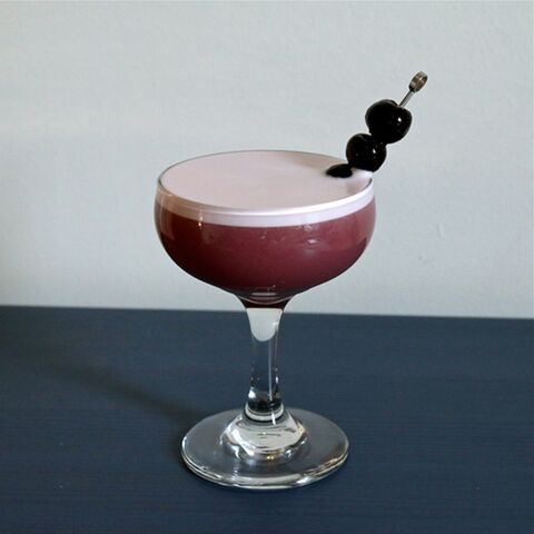 File:Fwx-cassis-cocktail-3.jpg
