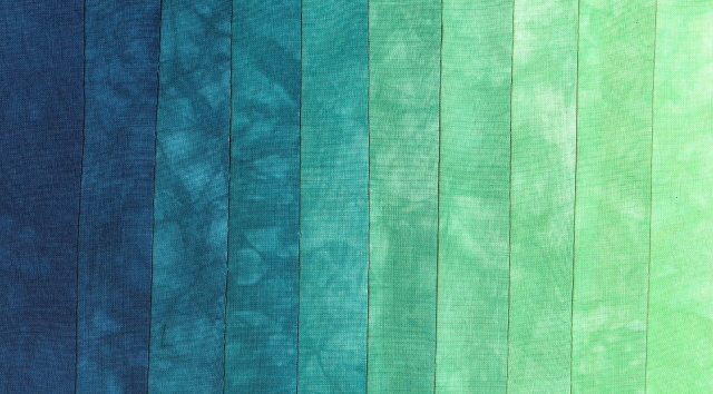 File:Blue to Green fabric.jpg