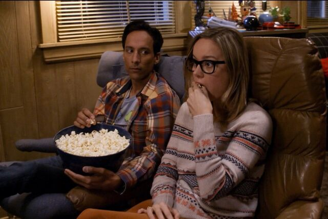 File:5X6 Abed and Rachel watching TV.jpg